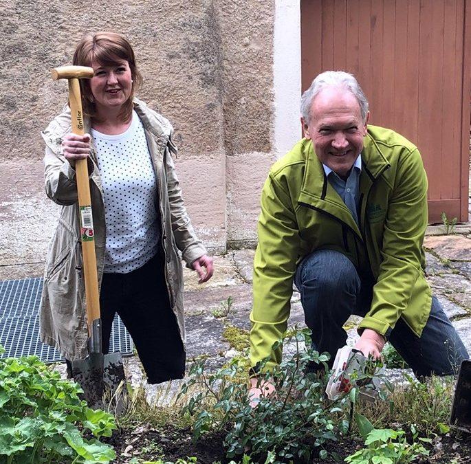 Alexander von Humboldt – Rose besiegelt Kooperation